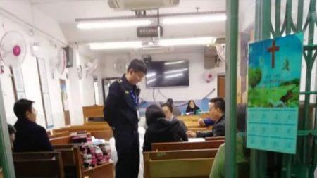 산타는 중국에 못 온다…中 곳곳 '크리스마스 금지령'