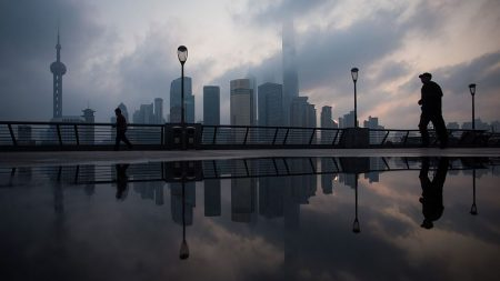 """""""黨 공산주의 강화방침에 민간기업 위축"""" 중국 경제전문가 2019 전망"""